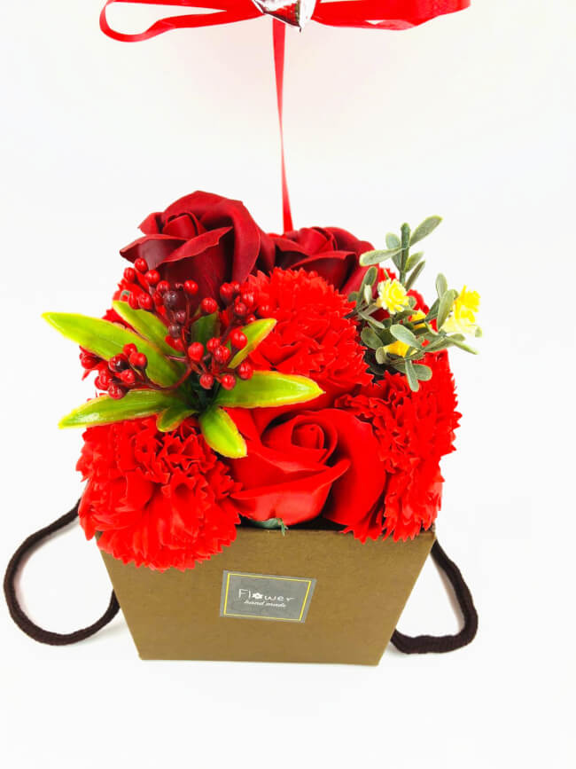 Image 2 Fleurs roses rouges savon + Happy birthday